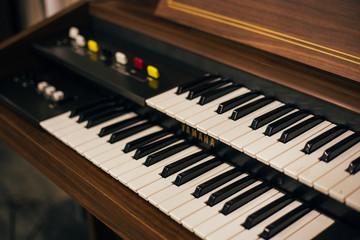 hi piano