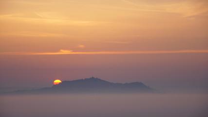 Amöneburg bei Sonnenaufgang