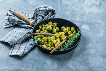 Foto auf Acrylglas Brussel Fresh brussels sprouts
