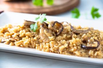 Risotto allo zafferano e funghi, Cucina Italiana