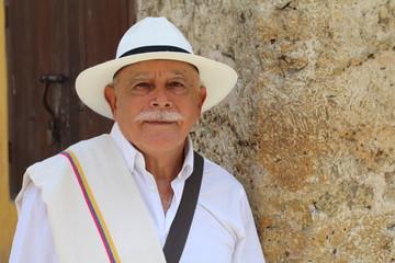 Classy Colombian elder man candid