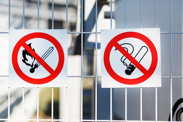 Sign Flammable on the fence of an industrial facility