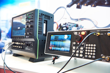 Digital pulse generator