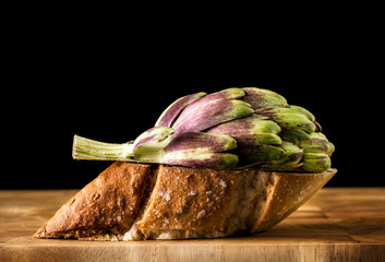 Alcachofa y pan