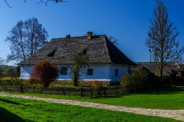 Obraz drewniany dom  - fototapety do salonu