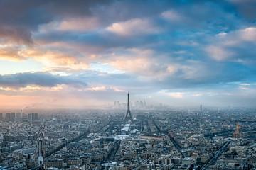 Fotomurales - Paris Skyline im Winter bei Sonnenuntergang, Frankreich