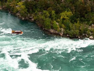 Niagara Gorge Whirlpool with boat