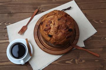 パネットーネ イタリアのケーキ コーヒー テーブル セッティング