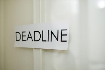 deadline time message concept