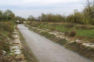 Canale d'acqua - Scolmatore