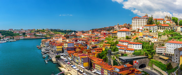 Porto, Portugal panoramic view of old town Oporto from Dom Luis bridge on the Douro Rive Fototapete