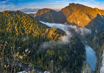 Obraz Dunajec river gorge panorama in Pieniny mountains, Poland - fototapety do salonu