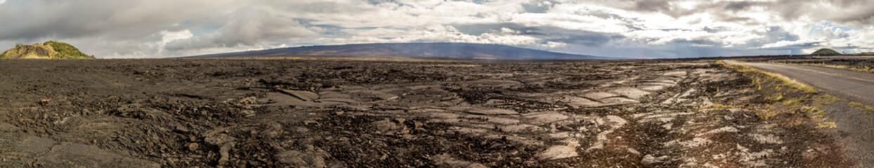 Blick auf den aktiven Mauna Loa, vom Mauna Kea, Big Island, Hawaii