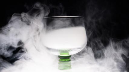 goblet glass full of smoke, goblet glas filled with smoke, smoke inside a glas
