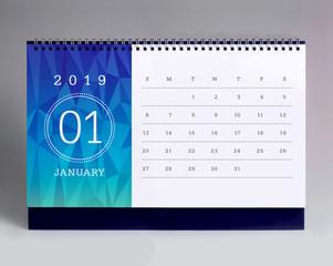 Simple desk calendar 2019 - January