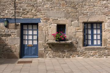 Vecchia porta in Bretagna, Francia