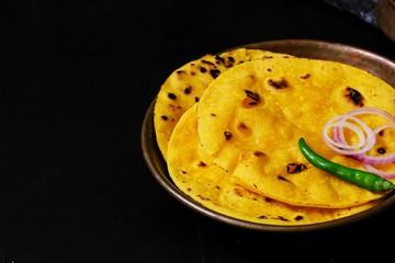 Obraz Homemade Makki ki roti / Indian Punjabi corn bread top view - fototapety do salonu