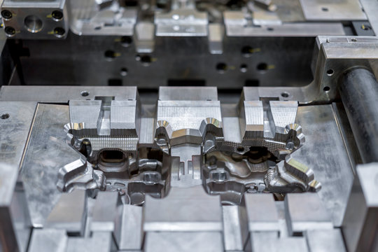 High precision die mold for casting automotive aluminium parts make with iron metal steel by lathe milling drilling and CNC machinery in the factory