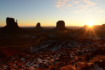 Wall Mural - Sunrise Monument Valley Arizona USA Navajo Nation