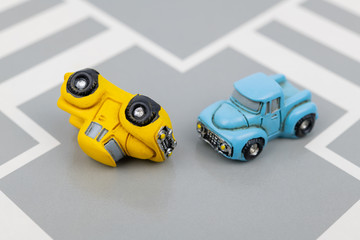 事故イメージ 交差点 衝突事故 転倒事故 交通安全イメージ