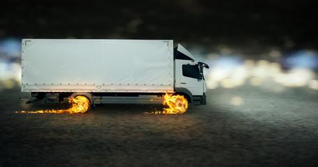 schneller Lastwagen mit brennenden Reifen