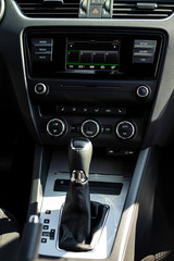 Dashboard and automatic gearbox