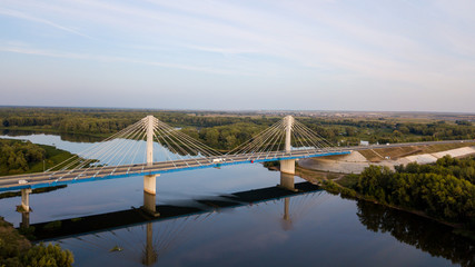 Modern pendant bridge
