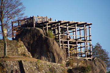 山城日本一「苗木城跡」と百名山「恵那山」