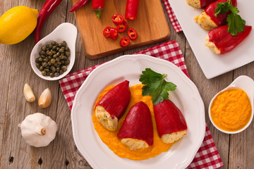Stuffed piquillo peppers with cod.