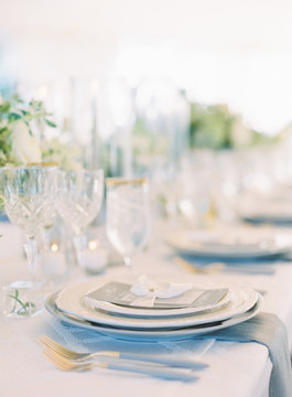 Place settings at wedding reception