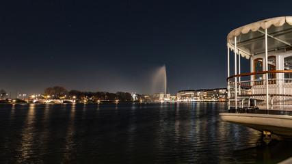 Die Alster am Abend, Hamburg dunkel, Lichter