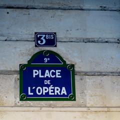 Place de l'Opéra. Paris; France. Plaque de nom de rue.