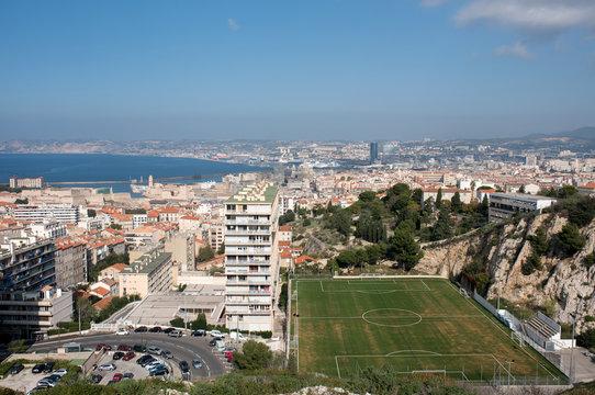 Marseille - Vue sur le Stade de foot Tellene