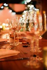 Tischdekoration bei einer Weihnachtsfeier