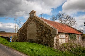 Mormant, maison abandonnée