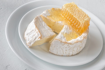 Camembert cheese with honeycombs