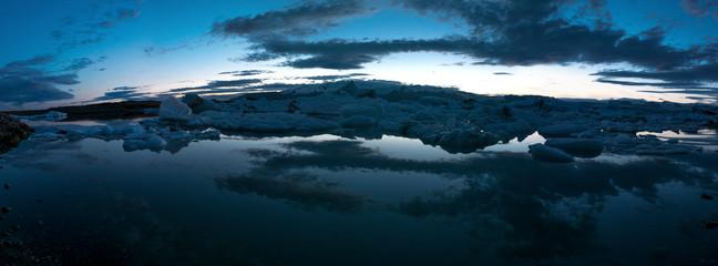 Sunset on Jökulsárlón glacial lake in Iceland