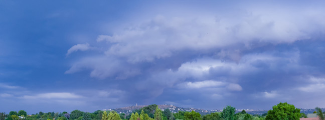 NORTHCLIFF THUNDER STORM COMING CLOUD PANORAMA