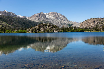 Wall Murals Landscapes Gull Lake in Mammoth Lakes area USA