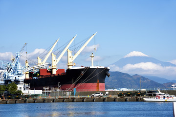 Japan's trade industry,Bulk carrier to transport resources Wall mural