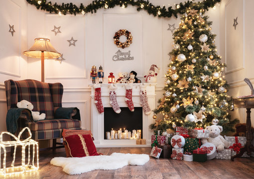 Empty christmas room with copy space
