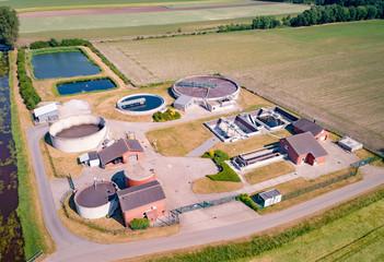 Luftbild von einem Klärwerk
