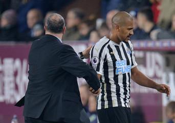 Premier League - Burnley v Newcastle United
