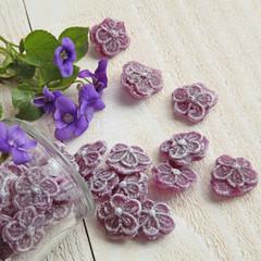 Fotorollo Süßigkeiten Bonbons à la violette