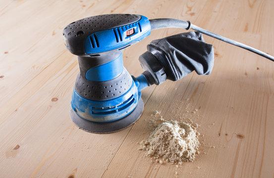 Orbit Sander. sanding wood