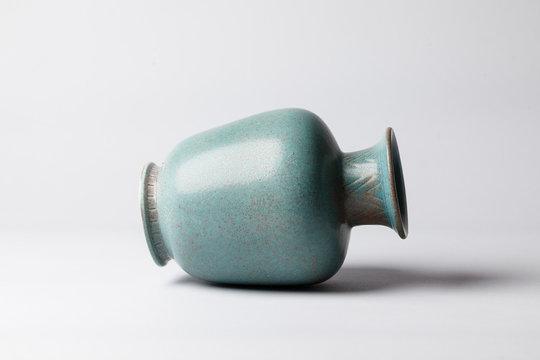 Midcentury vase lying down