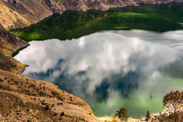 La splendida laguna di Quilotoa, Ecuador
