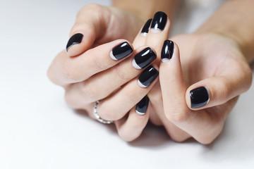 Foto auf Leinwand Maniküre Black Nails Manicure, isolated