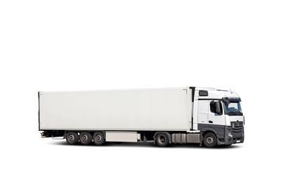 Freigestellter LKW mit Bodenschatten und weißem Hintergrund