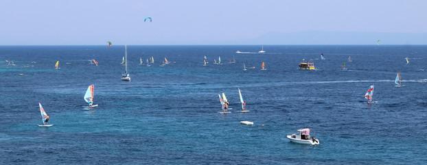 Windsurf in vacanza - sport e divertimento